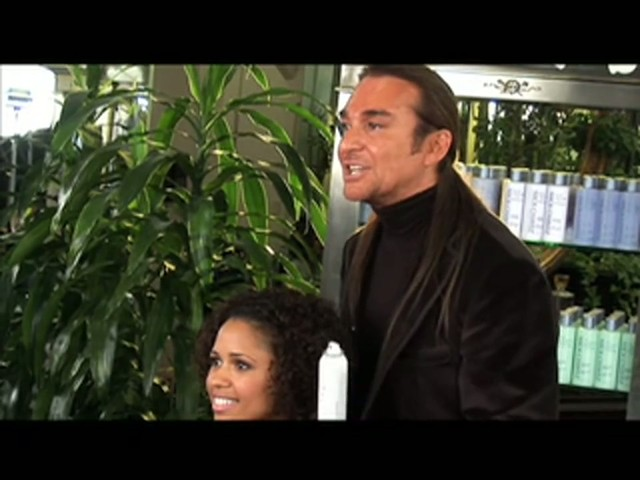 Nick Chavez Beverly Hills Revamp Restyling Refresher Spray - image 9 from the video