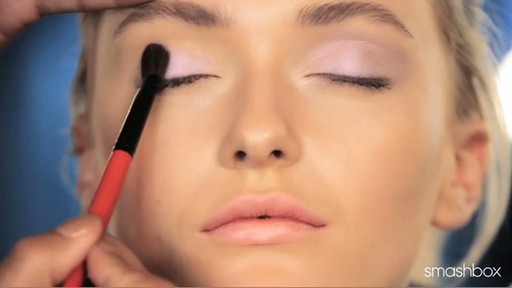 Smashbox Be Discovered Spring 2012 - Get The Look: Pastel Eyes - image 5 from the video