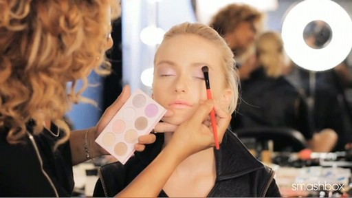 Smashbox Be Discovered Spring 2012 - Get The Look: Pastel Eyes - image 6 from the video