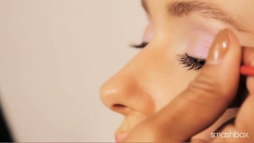 Smashbox Be Discovered Spring 2012 - Get The Look: Pastel Eyes - image 7 from the video