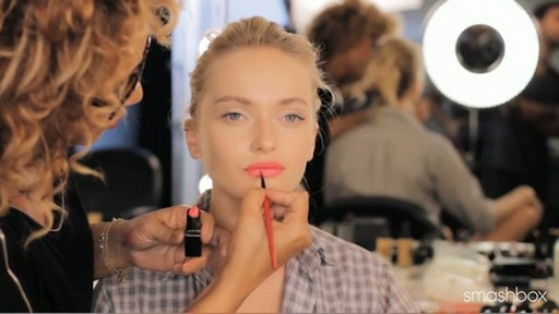 Smashbox Get The Look: Bold Matte Lips - image 10 from the video