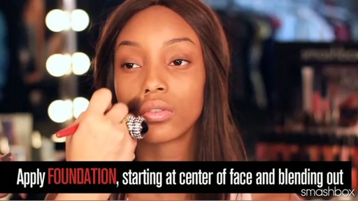 Smashbox Complexion Perfection Kit: Dark - image 5 from the video