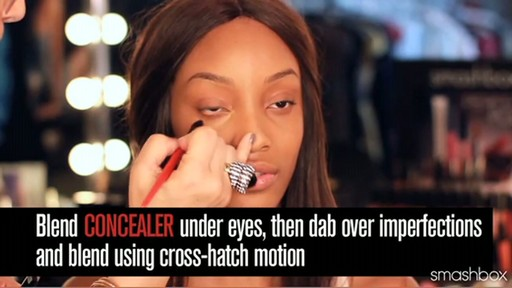 Smashbox Complexion Perfection Kit: Dark - image 6 from the video