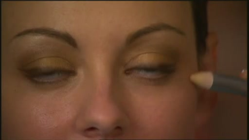 DuWop Reverse Eyeliner - image 8 from the video