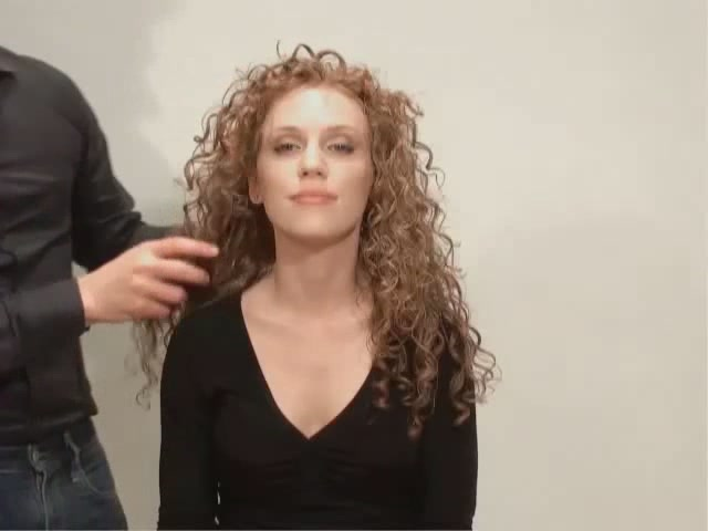 ALTERNA CAVIAR EXTREME WAX - image 9 from the video