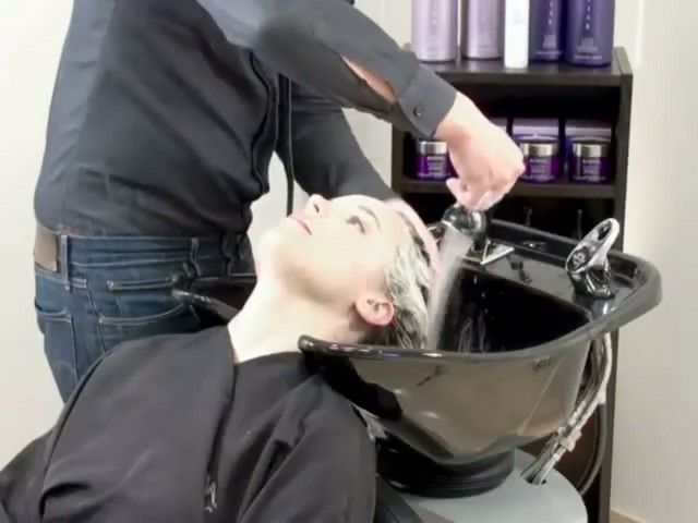 ALTERNA CAVIAR WHITE TRUFFLE HAIR ELIXIR  - image 5 from the video