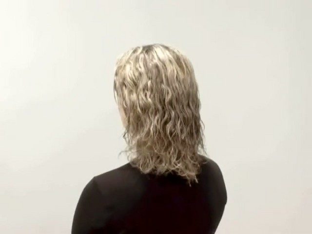 ALTERNA CAVIAR WHITE TRUFFLE HAIR ELIXIR  - image 6 from the video