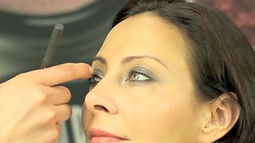 Susan Posnick How-To Makeover with Kate Conkey - image 9 from the video
