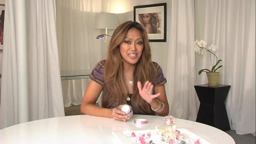 Mally Beauty Perfect Prep Poreless Primer - image 4 from the video