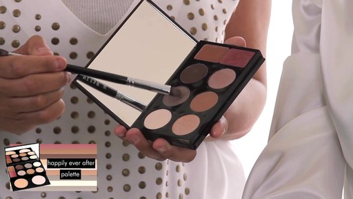 Stila Happily Ever After Palette - image 5 from the video