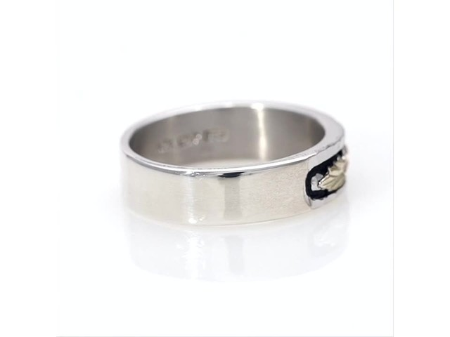 Black Hills Gold Antique-Finish Leaf Wedding Band in Sterling Silver - image 10 from the video