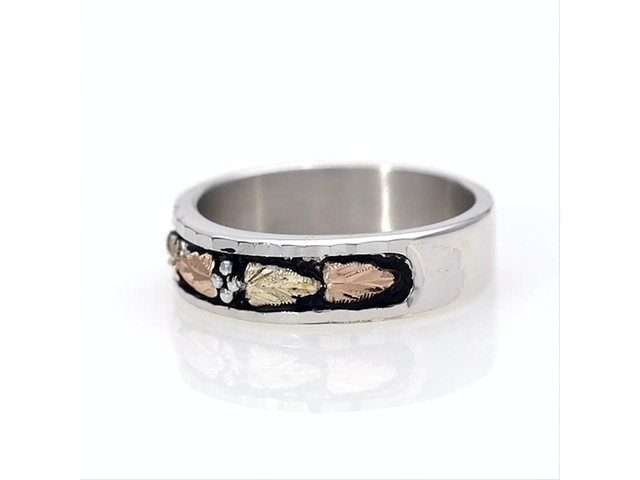 Black Hills Gold Antique-Finish Leaf Wedding Band in Sterling Silver - image 4 from the video