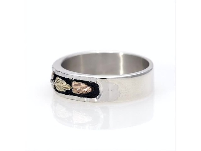 Black Hills Gold Antique-Finish Leaf Wedding Band in Sterling Silver - image 5 from the video