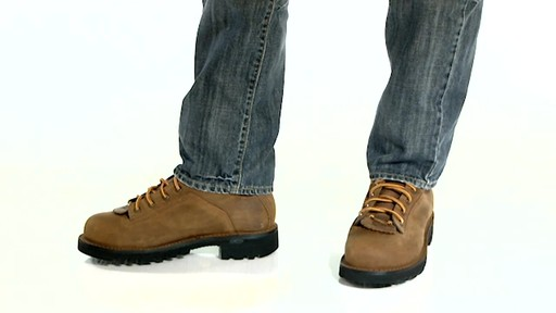 Danner Quarry™ 8 Inch GORE-TEX® EH Ankle Boots » shoes.com Video
