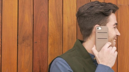 Twelve South Relaxed Leather Case for iPhone 7 Plus - image 8 from the video