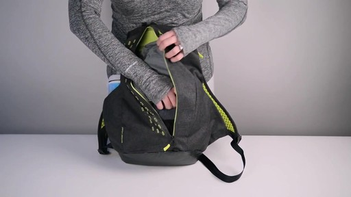 Apera Fast Pack - eBags.com - image 7 from the video