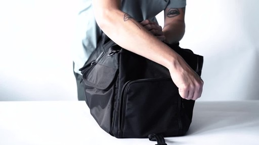 Chrome Industries Osiris Duffle - image 8 from the video