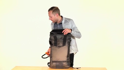 Timbuk2 Especial Vuelo Cycling Laptop Backpack - eBags.com - image 6 from the video