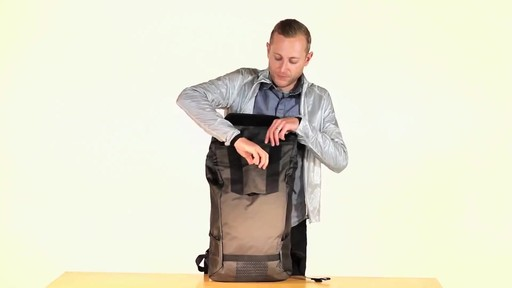 Timbuk2 Especial Vuelo Cycling Laptop Backpack - eBags.com - image 8 from the video