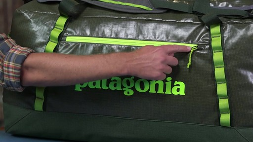 Patagonia Black Hole Duffle 120L - image 6 from the video