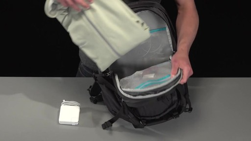 Thule EnRoute Escort 2 Daypack 27L - image 4 from the video