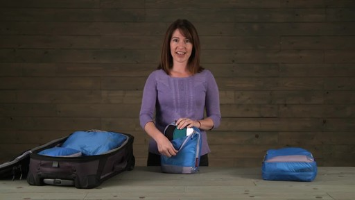 Eagle Creek Pack-It Specter™ Clean Dirty Cubes - image 4 from the video
