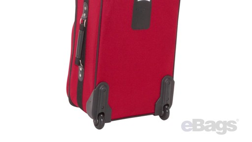 Samsonite Elite Spinner & Laptop Boarding Bag Set EXCLUSIVE - eBags.com - image 7 from the video
