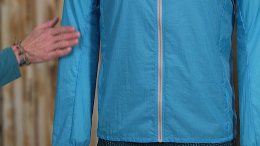 Patagonia Mens Houdini Jacket - image 4 from the video