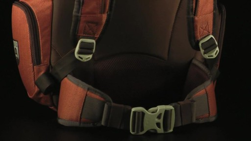 DAKINE - Team Mission Pack - Jackson   - image 6 from the video