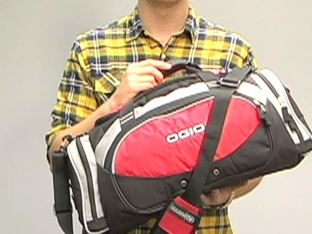 bf2fd930e Ogio All Terrain Duffel - image 4 from the video