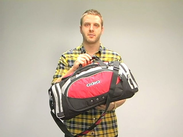 d367d264e Ogio All Terrain Duffel - image 8 from the video
