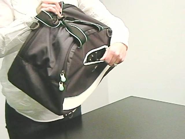 Sherpani Blaze Gym Bag - image 4 from the video