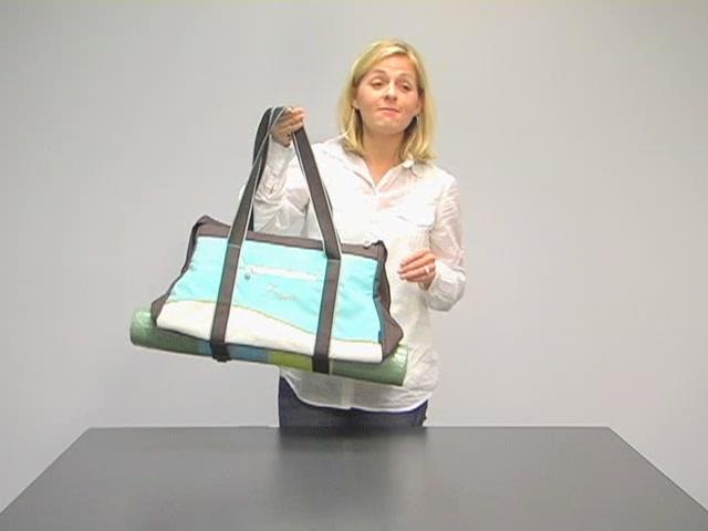 Sherpani Meta 4 Gym Bag - image 2 from the video