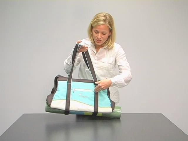 Sherpani Meta 4 Gym Bag - image 4 from the video