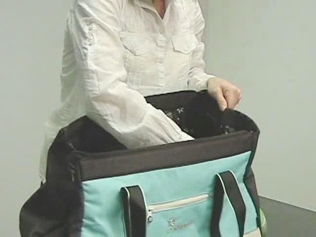 Sherpani Meta 4 Gym Bag - image 7 from the video