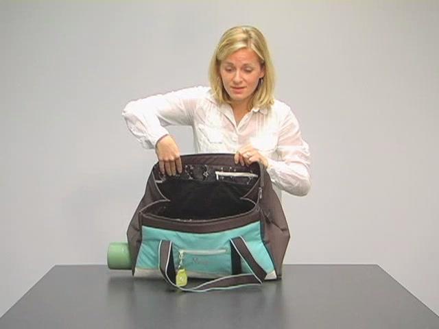 Sherpani Meta 4 Gym Bag - image 8 from the video