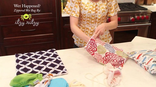 Itzy Ritzy Travel Hens Sealed Wet Bag Rundown Image 9 From The Video