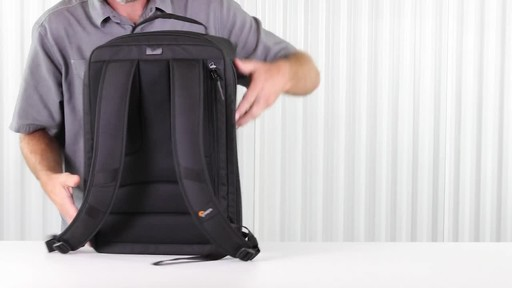 Lowepro DroneGuard BP 400 Backpack - image 3 from the video