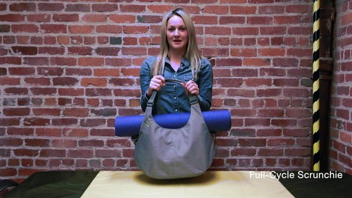 Timbuk2 - Full-Cycle Scrunchie - image 3 from the video