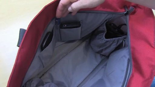 Eagle Creek Travel Gateway Tote - image 6 from the video