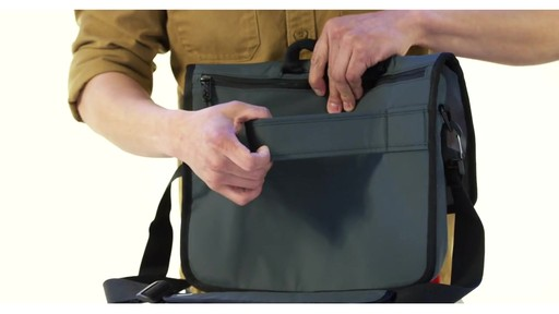 Timbuk2 Transit Briefcase - image 10 from the video 66c46a3179b74