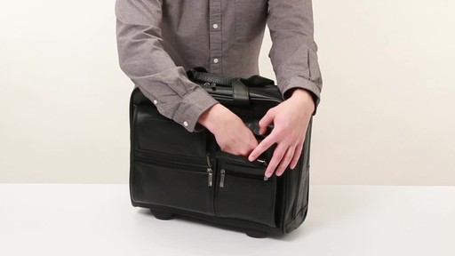 SOLO Nappa Leather Rolling case - image 4 from the video