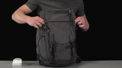 Thule Subterra Daypack - image 7 from the video