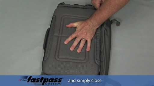 ecbc Trident Messenger - eBags.com - image 10 from the video