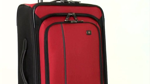 Victorinox WT 4.0 Dual-Casters - Lightweight - image 2 from the video