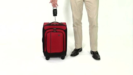Victorinox WT 4.0 Dual-Casters - Lightweight - image 6 from the video