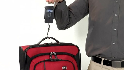 Victorinox WT 4.0 Dual-Casters - Lightweight - image 8 from the video