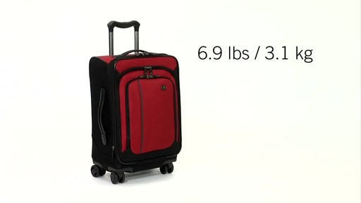 Victorinox WT 4.0 Dual-Casters - Lightweight - image 9 from the video