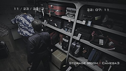 Pacsafe TourSafe Zipper Demo - image 8 from the video