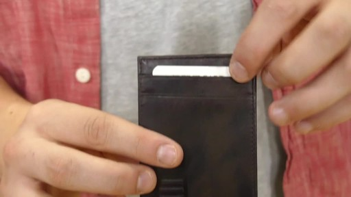 Suvelle Mens Slim Front Pocket Wallet - image 6 from the video